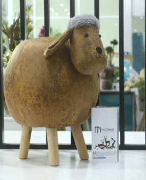 Ghế hình con cừu màu nâu