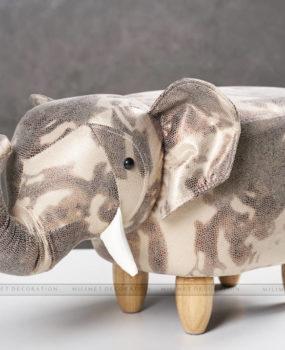 Ghế thú hình voi màu bò sữa