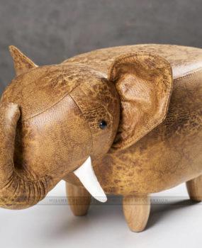 Ghế thú hình voi màu nâu nhạt
