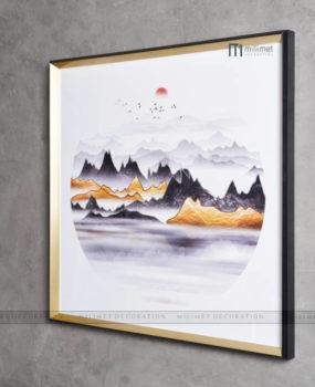 tranh tròn viền vuông sơn thuỷ hoàng hôn trên núi vàng(80*80)