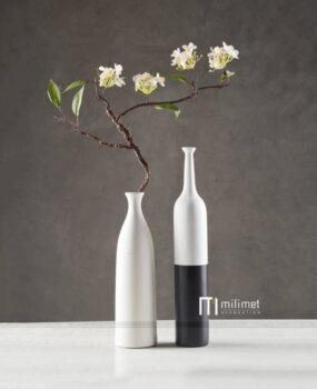 Lọ hoa 2 màu trắng đen