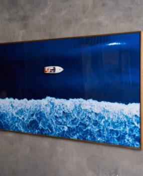 Tranh tinh thể sứ sóng nước thuyền